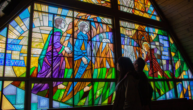 04-stainedglass-church