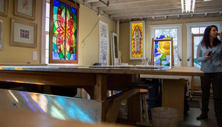 04-stainedglass-studio
